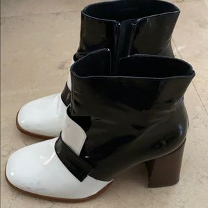 TOPSHOP Black and White Ankle Boots Heels
